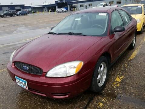 2006 Ford Taurus for sale at Green Light Auto in Sioux Falls SD