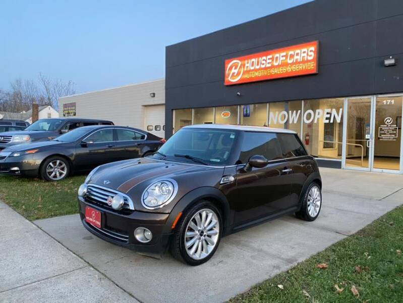 2010 MINI Cooper for sale at HOUSE OF CARS CT in Meriden CT