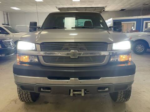 2003 Chevrolet Silverado 2500HD for sale at Ricky Auto Sales in Houston TX