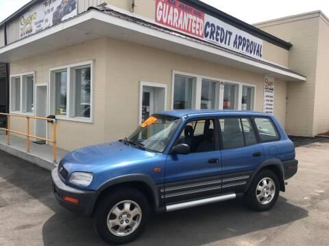 1996 Toyota RAV4 for sale at Suarez Auto Sales in Port Huron MI