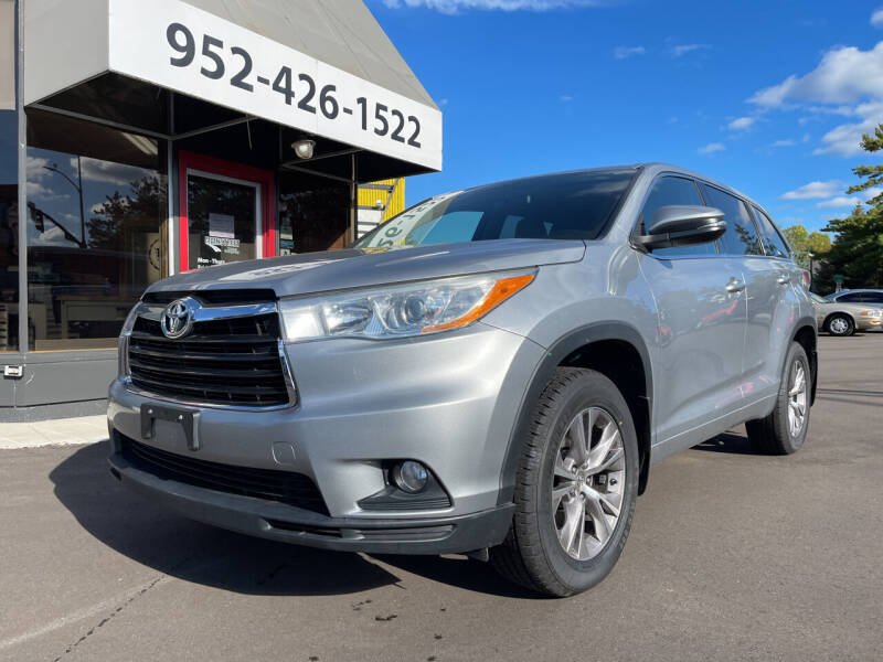 2014 Toyota Highlander for sale at Mainstreet Motor Company in Hopkins MN