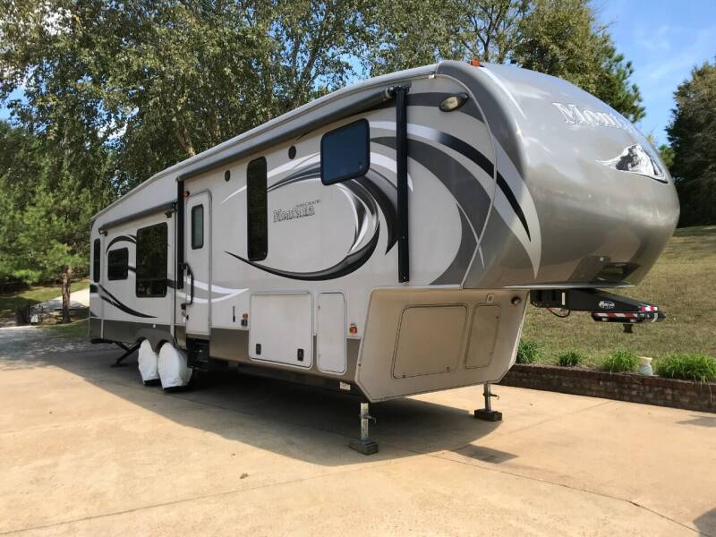 2013 Keystone Montana for sale at Flywheel Motors, llc. in Olive Branch MS
