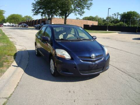 2007 Toyota Yaris for sale at ARIANA MOTORS INC in Addison IL