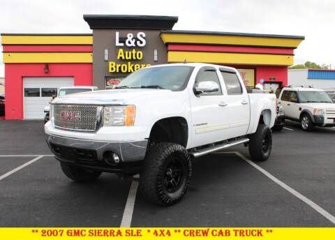 2007 GMC Sierra 1500 for sale at L & S AUTO BROKERS in Fredericksburg VA