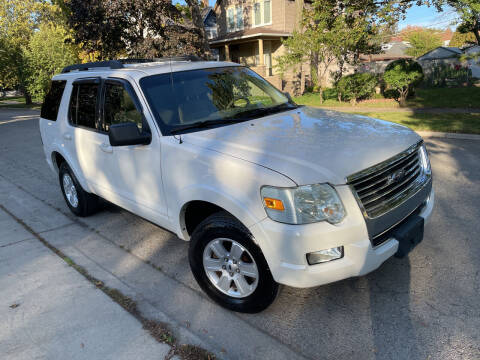 2009 Ford Explorer for sale at RIVER AUTO SALES CORP in Maywood IL