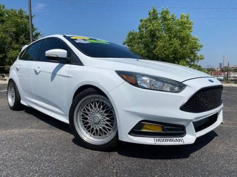 2015 Ford Focus for sale at UNITED Automotive in Denver CO
