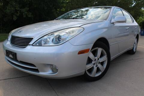 2005 Lexus ES 330 for sale at CHIPPERS LUXURY AUTO, INC in Shorewood IL