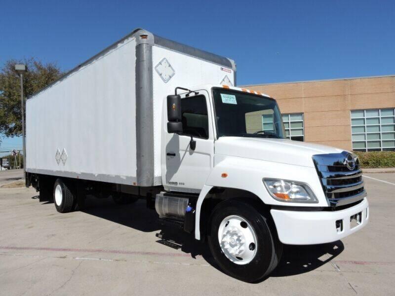 2015 Hino 268 for sale in Grand Prairie, TX