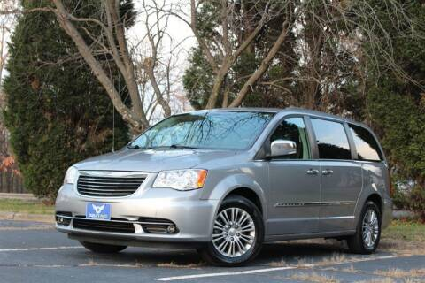 2015 Chrysler Town and Country for sale at Quality Auto in Manassas VA