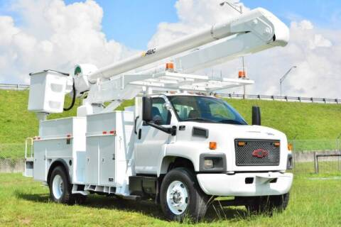 2004 Chevrolet C8500 for sale at American Trucks and Equipment in Hollywood FL