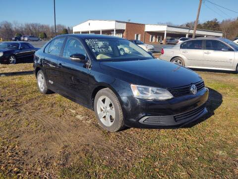 2012 Volkswagen Jetta for sale at Ray Moore Auto Sales in Graham NC