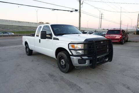 2014 Ford F-250 Super Duty for sale at Universal Credit in Houston TX