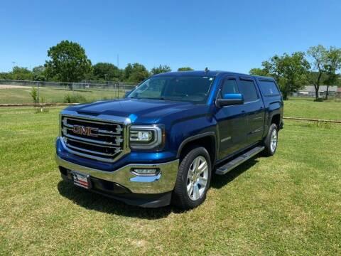 2017 GMC Sierra 1500 for sale at LA PULGA DE AUTOS in Dallas TX