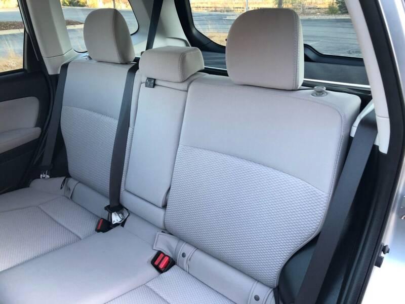2015 Subaru Forester AWD 2.5i Premium 4dr Wagon CVT - Bettendorf IA