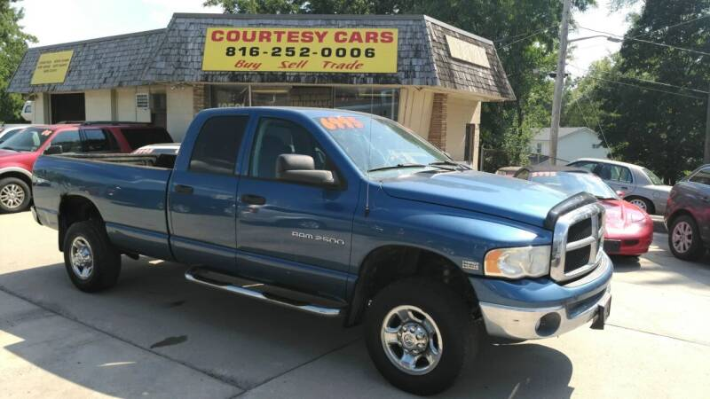 2004 Dodge Ram Pickup 2500 for sale at Courtesy Cars in Independence MO