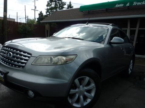 2005 Infiniti FX35 for sale at Sindibad Auto Sale, LLC in Englewood CO