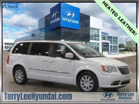 2012 Chrysler Town and Country for sale at Terry Lee Hyundai in Noblesville IN
