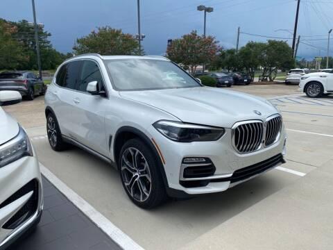 2020 BMW X5 for sale at JOE BULLARD USED CARS in Mobile AL