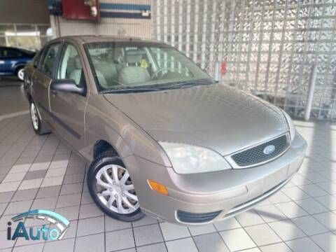 2005 Ford Focus for sale at iAuto in Cincinnati OH