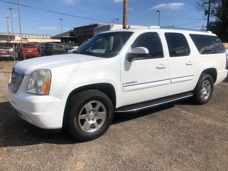 2007 GMC Yukon XL for sale at Martinez Cars, Inc. in Lakewood CO