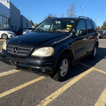 2000 Mercedes-Benz M-Class for sale at CRS 1 LLC in Lakewood NJ