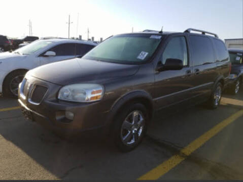 2005 Pontiac Montana SV6 for sale at HW Used Car Sales LTD in Chicago IL