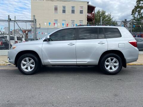 2010 Toyota Highlander for sale at G1 Auto Sales in Paterson NJ