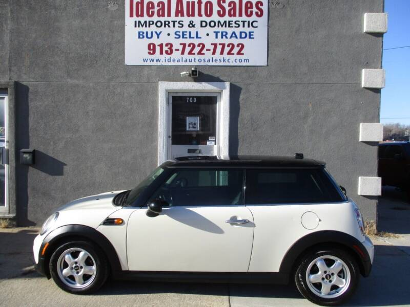 2011 MINI Cooper for sale at Ideal Auto in Kansas City KS