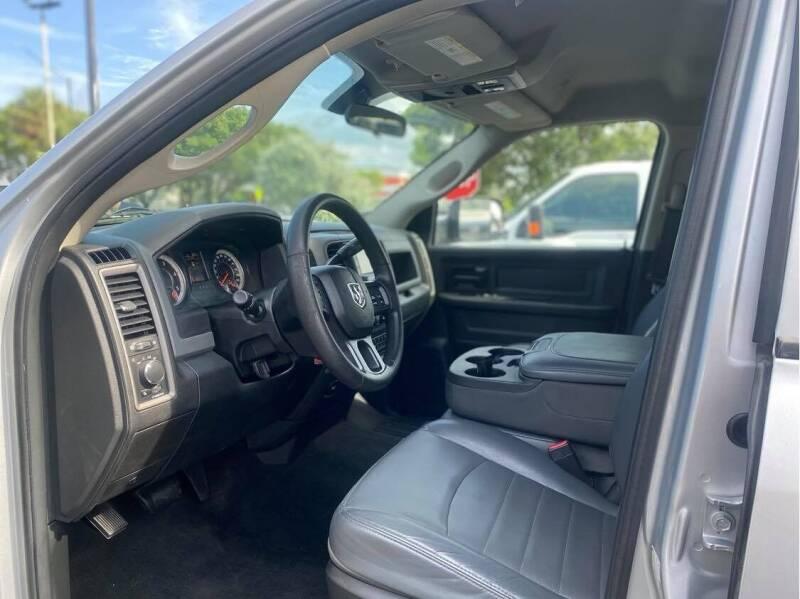 2017 RAM Ram Pickup 3500 DULLY DIESEL - Fort Lauderdale FL