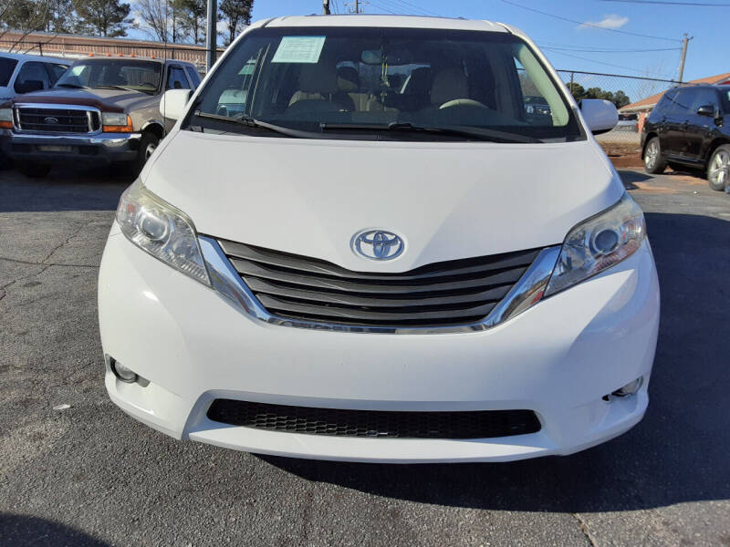 2014 Toyota Sienna for sale at LOS PAISANOS AUTO & TRUCK SALES LLC in Peachtree Corners GA