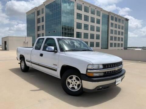 2001 Chevrolet Silverado 1500 for sale at SIGNATURE Sales & Consignment in Austin TX