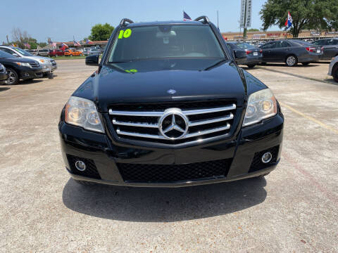 2010 Mercedes-Benz GLK for sale at SOUTHWAY MOTORS in Houston TX