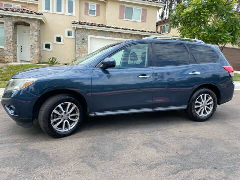 2013 Nissan Pathfinder for sale at CALIFORNIA AUTO GROUP in San Diego CA