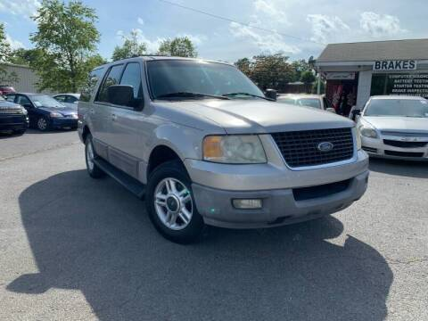 2003 Ford Expedition for sale at Diana Rico LLC in Dalton GA