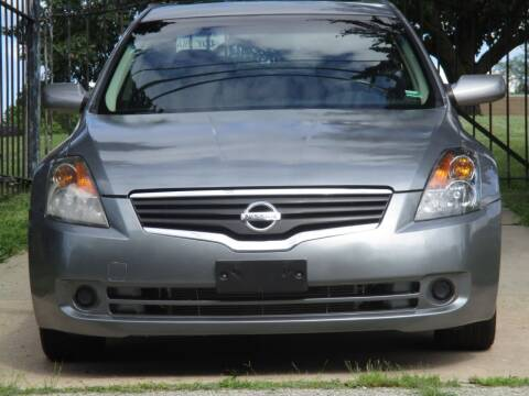2008 Nissan Altima for sale at Blue Ridge Auto Outlet in Kansas City MO