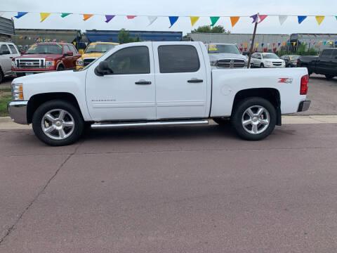 2012 Chevrolet Silverado 1500 for sale at Los Arreglados Auto Sales in Worthington MN