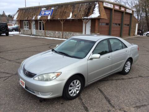 2005 Toyota Camry for sale at MOTORS N MORE in Brainerd MN