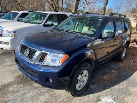 2011 Nissan Pathfinder for sale at PAPERLAND MOTORS in Green Bay WI