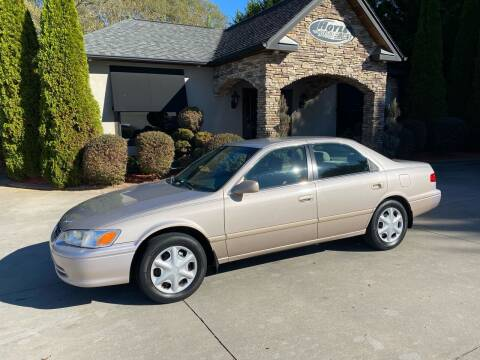 2001 Toyota Camry for sale at Hoyle Auto Sales in Taylorsville NC