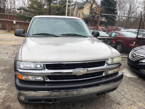 2004 Chevrolet Tahoe for sale at Six Brothers Auto Sales in Youngstown OH