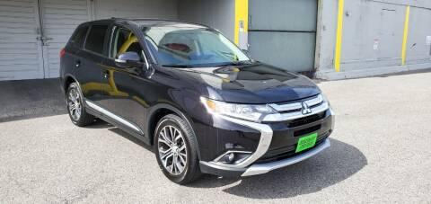 2018 Mitsubishi Outlander for sale at Discount Motor Sales LLC in Wenatchee WA