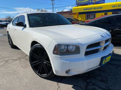 2008 Dodge Charger for sale at New Wave Auto Brokers & Sales in Denver CO