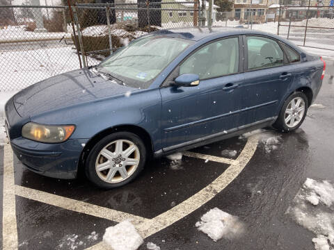 2006 Volvo S40 for sale at Michaels Used Cars Inc. in East Lansdowne PA