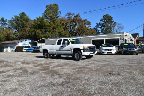2004 GMC Sierra 2500HD for sale at Barrett Auto Sales in North Augusta SC