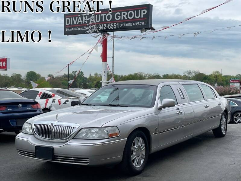 2007 Lincoln Town Car for sale at Divan Auto Group in Feasterville PA