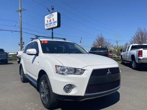 2013 Mitsubishi Outlander for sale at S&S Best Auto Sales LLC in Auburn WA
