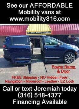 2017 Chrysler Pacifica for sale at Affordable Mobility Solutions, LLC - Mobility/Wheelchair Accessible Inventory-Wichita in Wichita KS