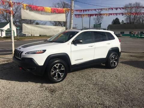 2017 Jeep Cherokee for sale at Antique Motors in Plymouth IN