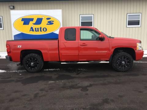2013 Chevrolet Silverado 1500 for sale at TJ's Auto in Wisconsin Rapids WI