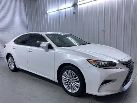 2017 Lexus ES 350 for sale at JOE BULLARD USED CARS in Mobile AL